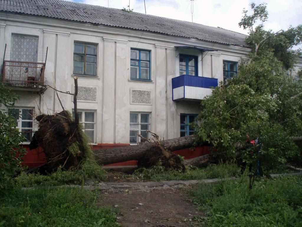 Фото урагана в Барабинске